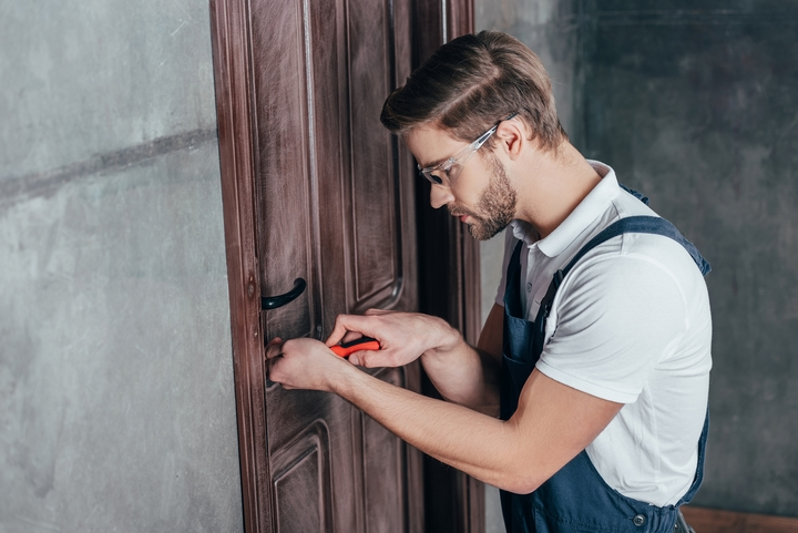 4 Ways to Reduce the Cost of Locksmith Services